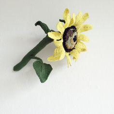 crochet sunflower // gift for her // gift for him // best gift von fuxversteck auf Etsy