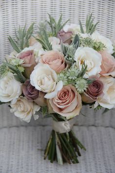 Antique Bouquet of Roses - Bouquets .- Antique Bouquet of Roses – Bouquets # Bouquet of Roses Diy Wedding Bouquet, Bride Bouquets, Floral Wedding, Wedding Colors, Rose Bridal Bouquet, Wedding Themes, Wedding Tips, White Rose Bouquet, Wedding Orange