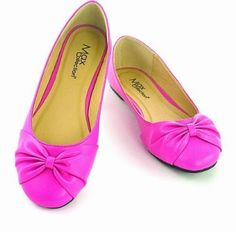 """This stylish bow flat is a fine accessory to any outfit. It's a classic womens ballet flat with a bow accent on the toes. Be sure to add two or three colors to your wardrobe today. This classic trendy style shoe gives you the final touches on that new outfit. Add this to your """"wear-to-work"""" wardrobe because it's a professional flat that you can feel confident wearing. Price $20.00"""