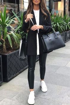 Fashion casual chic woman with leatherette leggings, black blazer and sneakers . - Fashion casual chic woman with leatherette leggings, black blazer and sneakers . Fashion casual chic woman with leatherette leggings, black blazer a. Casual Chique, Casual Chic Style, White Casual, Casual Winter Style, Look Winter, Trendy Style, Black Women Fashion, Look Fashion, Womens Fashion