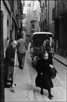 1954.En la calle Campana. Inge Morath.