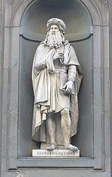 Statue of Leonardo da Vinci in front of the Uffizi Gallery, Florence Renaissance Men, Italian Renaissance, Mona Lisa, Michelangelo, Great Artists, Maya, Art Photography, History, Florence Italy