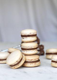 Italian Meringue Macarons with Dulce de Leche Filling | MontgomeryFest