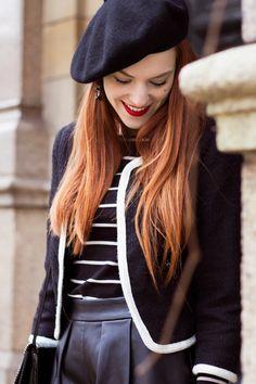 Parisian Outfit | Black on Black - Retro Sonja Fashion Blogger - www.retrosonja.com