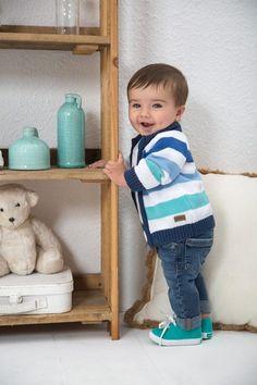 cardigan y jeans bebeb Minimimo primavera verano 2017 – Minilook Baby Boy Dress, Baby Boy Swag, Cute Baby Boy Outfits, Little Boy Outfits, Toddler Boy Outfits, Cute Outfits For Kids, Cute Baby Clothes, Cute Kids, Cute Babies