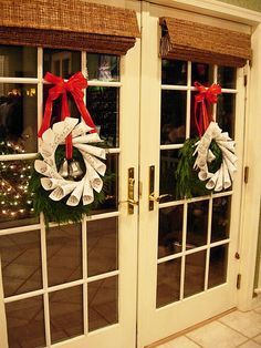 Christmas-Decorations-with-