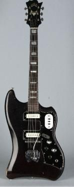 This is Muddy Waters' Vintage Guild S-200 THUNDERBIRD, Black and White
