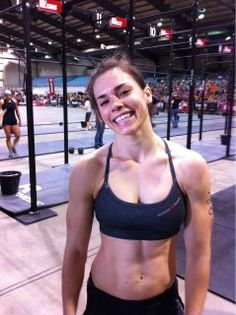 """""""No other woman has come within 2 minutes of Julie Foucher's 14:44 time on Event 4. No man has beaten her time either"""""""