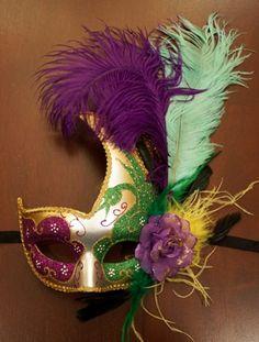 Mardi Gras Feather Swan Eye Mask