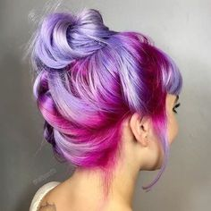 {#VPInspiration} This purple ombre hair color is amazing @hairbysaretta