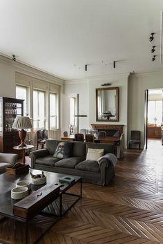 An apartment in Milan in darkneutrals - desire to inspire - desiretoinspire.net