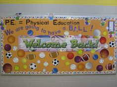 school bulletin boards | ... School Bulletin Board » Back To School Art Classroom Bulletin Board