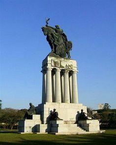 Monumento a Francisco de Paula Ramos de Azevedo - USP