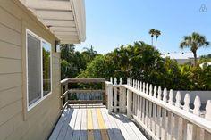 Beach across the street - 2 bedroom - vacation rental in Siesta Key, Florida. View more: #SiestaKeyFloridaVacationRentals