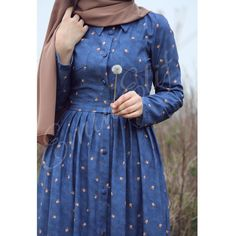 Hijab Evening Dress, Hijab Dress Party, Hijab Style Dress, Hijab Outfit, Indian Fashion Dresses, Abaya Fashion, Skirt Fashion, Fashion Outfits, Islamic Fashion