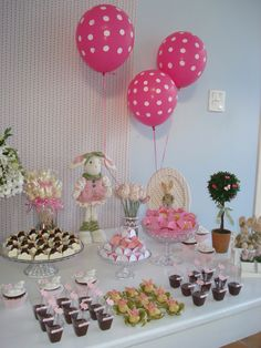 Baby shower, It's a girl... Brigadeiros dressed in pink and white to celebrate