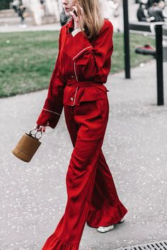 Love this pajama style outfit! Street style fashion week