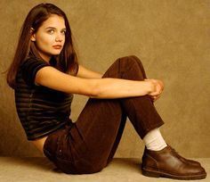 Katie Holmes as Joey Potter in Dawson's Creek Katie Holmes, 2000s Fashion, Fashion Outfits, 90s Teen Fashion, Joey Potter, Look Cool, Style Icons, Personal Style, Vintage Fashion