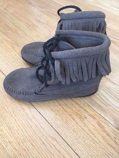 a28e13bddfc6 Minnetonka Kids Girl Fringe Ankle Moccasin Boot Shoe Size 12 Grey Leather   fashion  clothing  shoes  accessories  kidsclothingshoesaccs  girlsshoes ( ebay ...