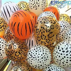 10 pcs Animal Latex Balloons cow tiger zebra paw leopard balloon birthday party helium inflatable globos gifts – Garden & Home Jungle Theme Parties, Jungle Theme Birthday, Jungle Party, Animal Birthday, Safari Theme Party, Jungle Safari, Party Animals, Balloon Animals, Animal Party Food