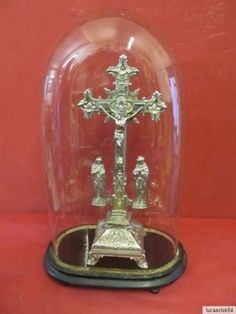 Ancient Crucifix in The Glass Dome 1900   eBay