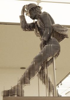''Jackson'' metal sculpture by: Park Chan Girl. In his metal sculptures, he uses new concept called metal slicing.