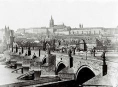 Below is a wonderful old photo of Prague's Charles Bridge in a photo taken in the late century. Prague's Charles Bridge in the century Source: Islands In The Pacific, Germany Photography, Prague Czech Republic, Places In Italy, Paris Restaurants, Romantic Vacations, Saint Charles, Italy Travel, Asia
