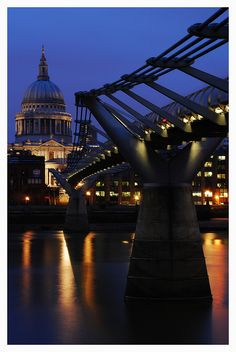 Millenium Bridge - HARRY POTTER AND THE HALF BLOOD PRINCE