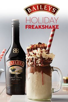 Movie night done right! Baileys Holiday Freakshake is the perfect treat for a cozy night with your favorite holiday movie. Christmas Drinks, Holiday Drinks, Fun Drinks, Yummy Drinks, Holiday Recipes, Yummy Food, Tasty, Mixed Drinks, Beverages