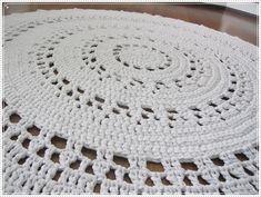 Kultakutri ja kolme karjua: Virkattu Aura -matto Bordado Tipo Chicken Scratch, Kids Rugs, Crochet Rugs, Crocheting, Home Decor, Tapis Crochet, Crochet, Crochet Carpet, Decoration Home
