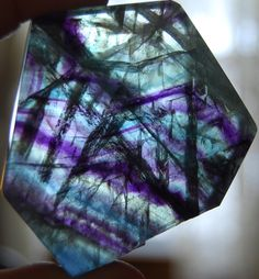 Flourite - According to folklore, the home of the rainbow, it clears the fog of illusion and brings order to chaos thus clearing the way for new things. Strengthening users analytical abilities and ability to concentrate. Excellent for advancement of mind, greater concentration, meditation