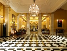Claridge's, MayfairThis legendary hotel dates back to the mid 19th century, but its opulent makeover in the 1920s means that the building has become synonymous with art deco. In the late 1990s, even more rooms - including the foyer and restaurant - were transformed into art deco style.