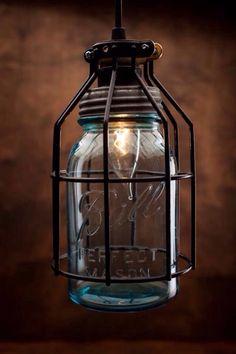Light fixture | Ciekawa oprawa żarówki ze słoika