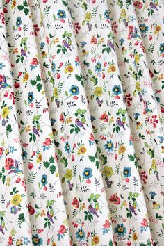 Vintage Home - Beautiful 1930s Flowers and Birds Cotton Fabric: www.vintage-home.co.uk