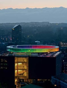 """Your Rainbow Panorama Round Pathway in Denmark Video , The amazing Your Rainbow Panorama circular rooftop walkway in Denmark is a modern """"art meets architecture"""" project. Resting atop the ARoS Aarhus Kunstmuseum, the fascinating colorful glass panoramic rooftop allows visitors to get a different view of t , Admin ,..."""