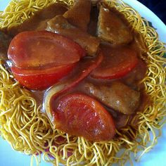 tomato beef curry chow mein