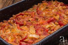 Mancare de fasole alba si legume la cuptor este o reteta de post, vegetariana sau cum va doriti sa ii spuneti, insa este un preparat rapid si fara pic de efort. Vegan Food, Vegan Recipes, Paella, Ethnic Recipes, Veggie Food, Vegane Rezepte, Vegan Meals, Vegetarian Food, Vegetarian Recipes