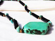Black coral necklace (Noella)