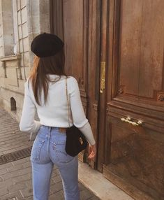 32 Minimalist Outfit Ideas For Fall 2019 - Femalinea Mode Outfits, Stylish Outfits, Fall Outfits, Fashion Outfits, Womens Fashion, Fashion Trends, Runway Fashion, Summer Outfits, Dress Outfits