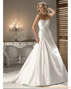 2013 Brautkleid aus Satin schulterfreier Ausschnitt mit faltigem Korsett und A-Linie Rock mit Kapelleschleppe