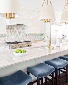 Small Kitchen Decor Beautiful and Unique Kitchen Backsplash Ideas. Small Kitchen Decor Beautiful and Unique Kitchen Backsplash Ideas Home Design, Luxury Kitchen Design, Luxury Kitchens, Home Kitchens, Design Ideas, Design Styles, Design Inspiration, Dream Kitchens, Design Trends