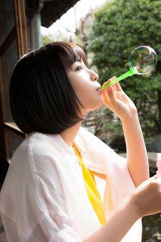 広瀬すず — gzbu:   Suzu Hirose http://ift.tt/1JEBGag