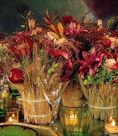 Simple but elegant! Wedding Centerpieces, Wedding Decorations, Centerpiece Ideas, Table Decorations, Fall Arrangements, Deco Floral, Fall Harvest, Thanksgiving Decorations, Thanksgiving Flowers