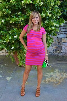 Hudson Baby Design: Preggo Style - Total Street Style Looks And Fashion Outfit Ideas Cute Maternity Outfits, Maternity Wear, Maternity Dresses, Maternity Fashion, Pregnant Outfits, Pregnancy Fashion, Maternity Style, Summer Maternity, Maternity Clothing