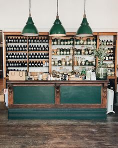 When the new apothecary in town stirs up all your 'one day i'll own my own shop' dreams.... . I have others too.....Maybe one day i'll own my own cafe...or campsite or bnb or eco cabin or studio or camper van or or or....What are your one day dreams?! (This beautiful space is @apotheca_faversham )