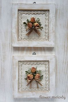 Foto – dried Rose's made into a frame for Rebekahs BIRTHDAY Wohnzimme… - Wohnaccessoires Ideen Shabby Chic Crafts, Vintage Crafts, Shabby Chic Decor, Manualidades Shabby Chic, Diy Y Manualidades, Flower Frame, Flower Art, Outdoor Bridal Showers, Drying Roses
