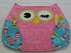 owl placemat...i can totally make this!!