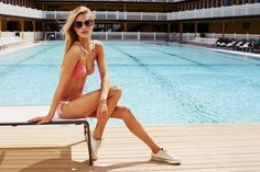 Poppy Delevingne pour Solid & Striped http://www.vogue.fr/mode/news-mode/diaporama/poppy-delevingne-pour-solid-striped/21151#!2