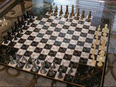 Un tablero de Ajedrez para 4 jugadores !!! Interesante . No ?
