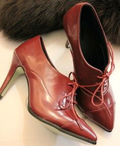 Vintage Lace-up Heeled Shoes